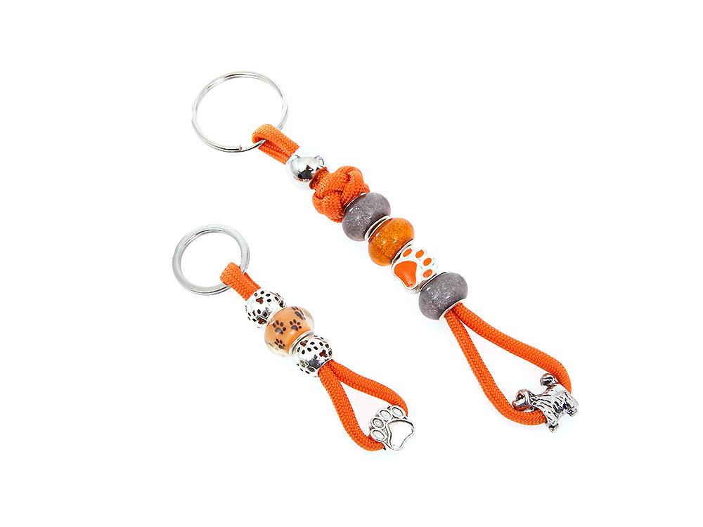 Mein orangener Schlüsselanhänger mit Schmucksteinen