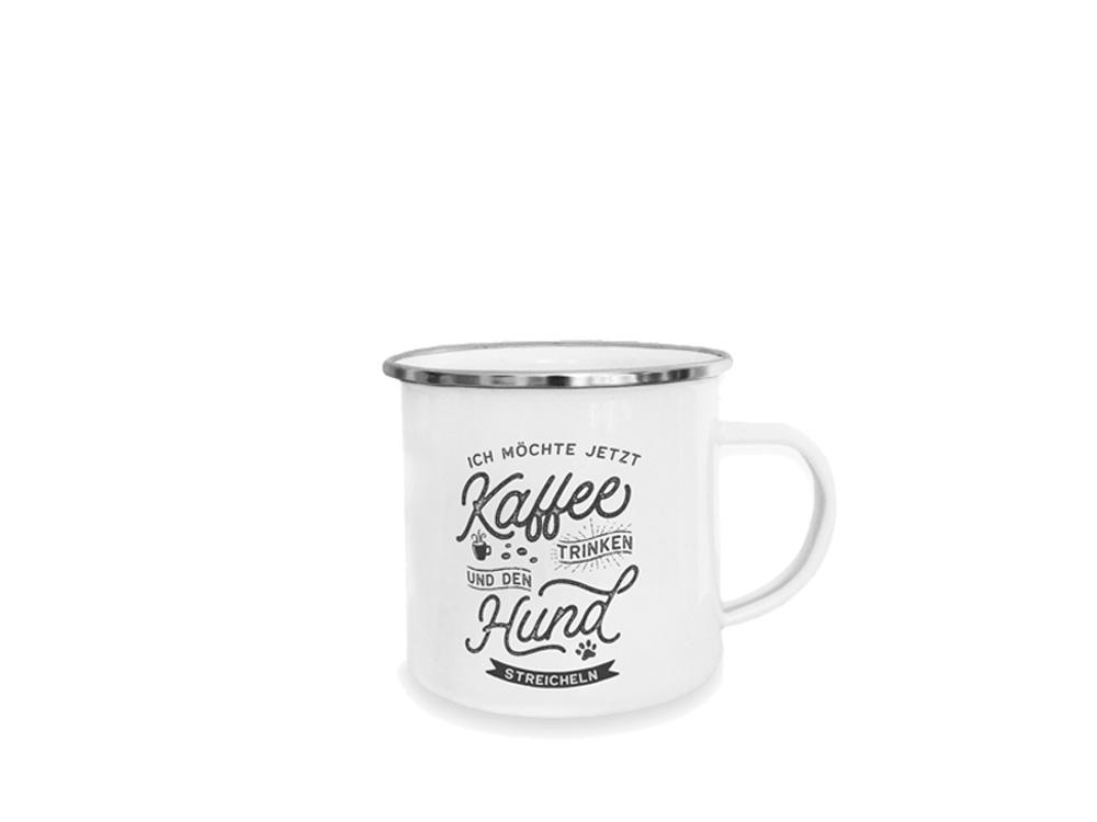 Pfotenschild Emaille-Tasse Kaffee trinken Hund streicheln