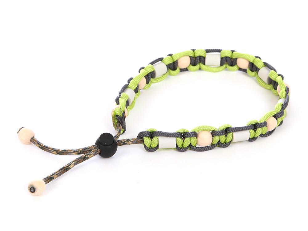 HundeNerd® GuteVibes EM-Halsband Zirbenholz lime